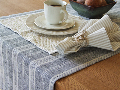 Multistripe Runner Black and Ema Placemat Beige