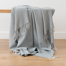 100% Cashmere Throw Everest Smoke Blue