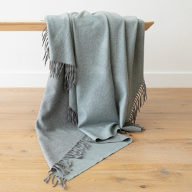 100% Cashmere Throw Emilio Smoke Blue